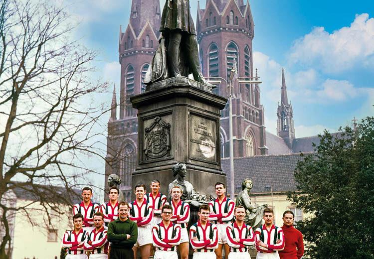 Staantribune #37 - 125 Jaar Willem II